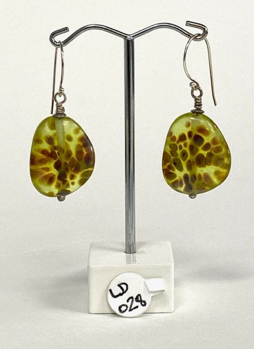 handmade glass earrings by Liz DeLuca